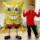 "29""/74cm w x 46""/117cm   AirWalker staigāšana folija balons   Tēma: SpongeBob"