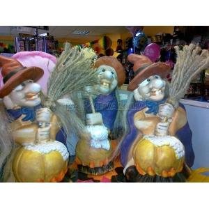 http://www.lemma.lv/2458-thickbox/keramikas-statuete-ragana-halovini-20cm.jpg