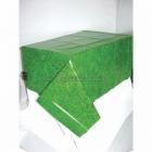 Galdauts zaļš mauriņš / futbola laukums, izmērs 137 cm x 274 cm, vaskadrāna